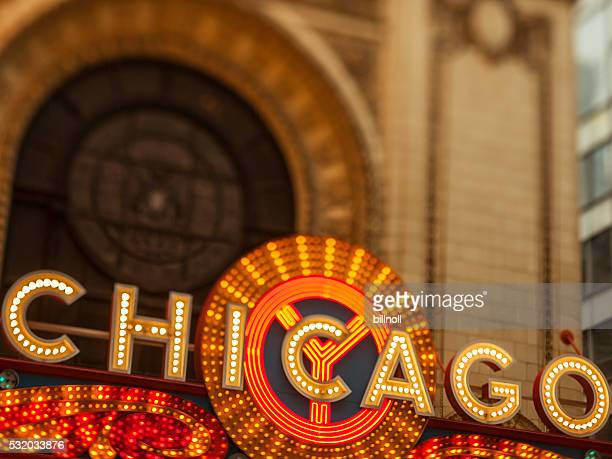 Early evening photo of the Chicago Theatre and sign