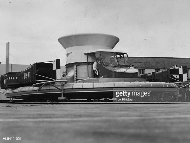 early hovercraft - 1950 1959 stock pictures, royalty-free photos & images