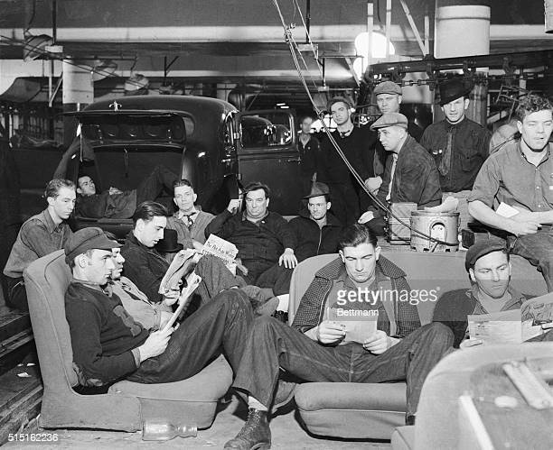 Early in 1935 in Flint Michigan the United Auto Workers staged the first successful sitdown forcing General Motors to come to terms It was a major...