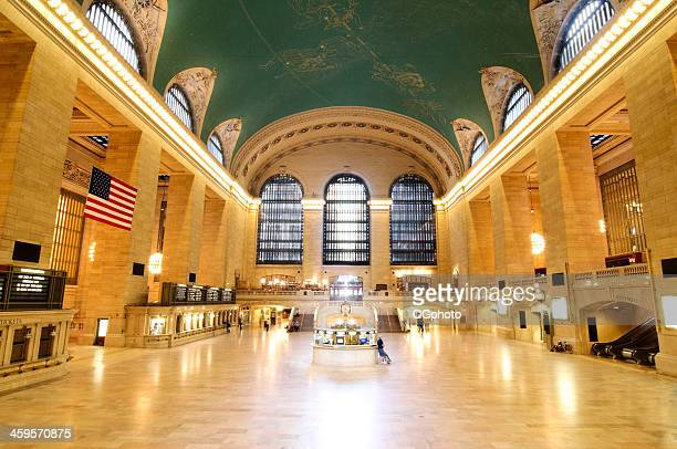 early morning at grand central station, new york city - ogphoto stock pictures, royalty-free photos & images