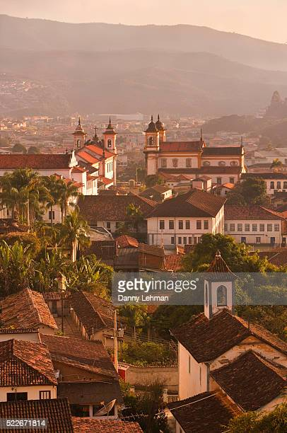 early morning light shines on the historic town of mariana, minas gerais, brazil - ミナスジェライス州 ストックフォトと画像