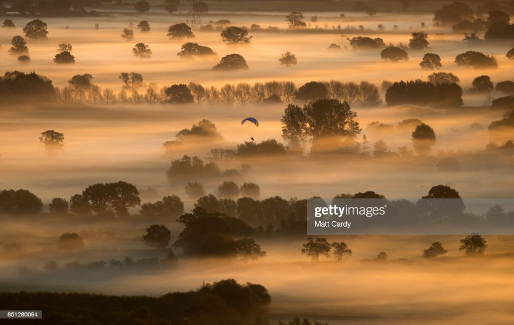 Autumn Sun Rises Over The Somerset Levels : News Photo