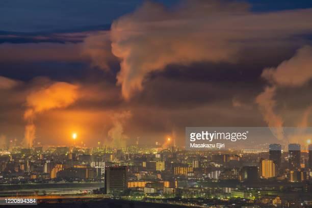 early morning over kawasaki - 工場地帯 ストックフォトと画像