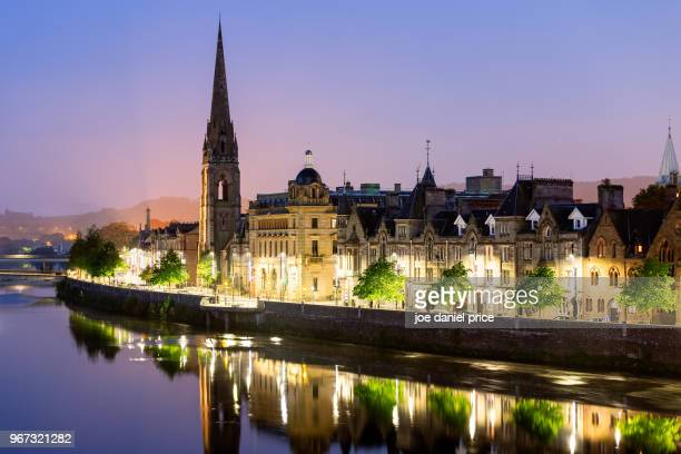 early morning, skyline, st matthews church of scotland, perth, scotland - perth scotland stock pictures, royalty-free photos & images
