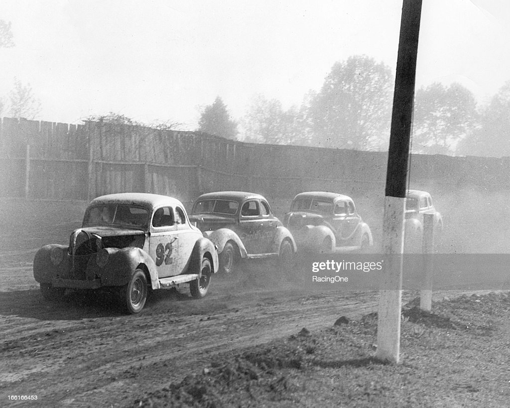 Greensboro Fairgrounds Stock Cars Early-1950s : News Photo