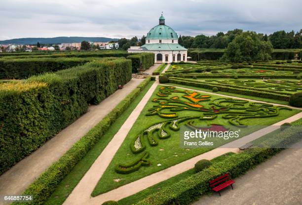 early-baroque flower garden (kvetna zahrada or libosad) with octagonal rotunda in kromeriz, czech republic - frans sellies stock pictures, royalty-free photos & images