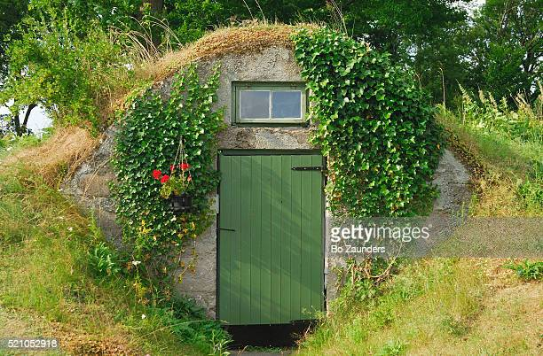 earth cellar - bo zaunders stock pictures, royalty-free photos & images