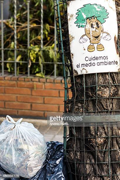 earth day challenge - andres ruffo stock pictures, royalty-free photos & images