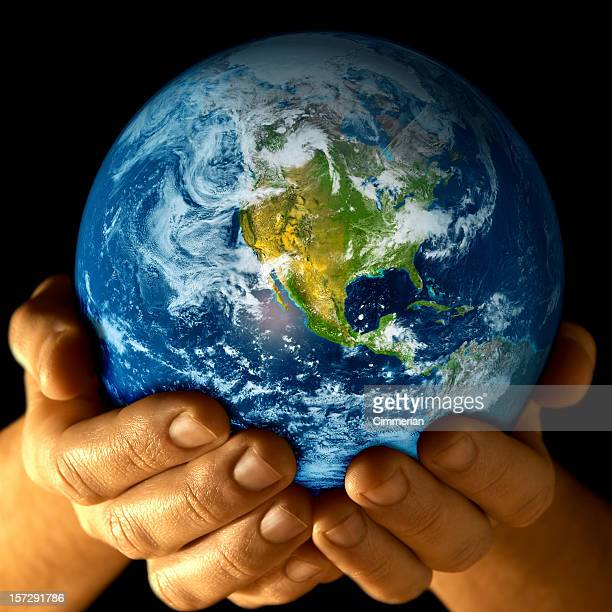 Earth in my hands - 2