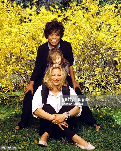 Eartha Kitt at home with daughter Kitt Shapiro and grandaughter Rachel Shapiro for People in April 1999 in Weston Connecticut