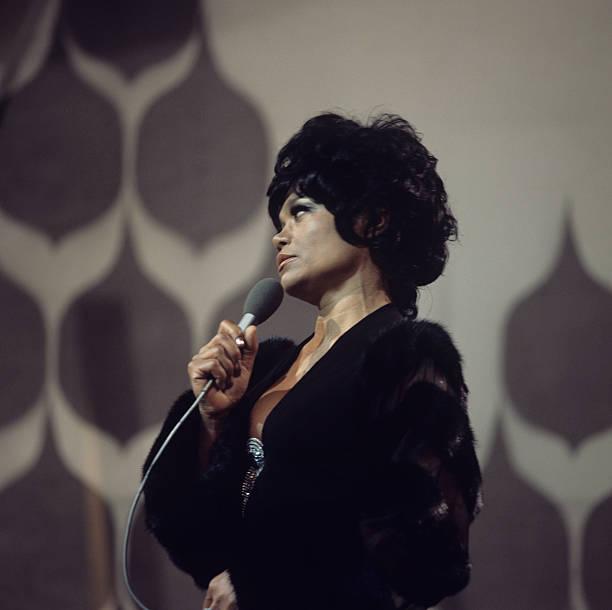 Eartha Kitt Performs On Tv Show