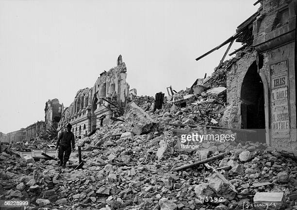 Earthquake of Messina 1908 The Vittorio Emmanuelle avenue BRA43396