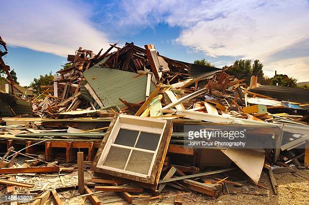 earthquake - earthquake stock pictures, royalty-free photos & images