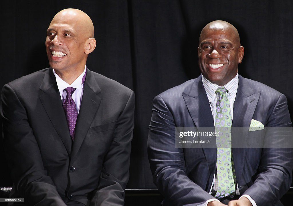 Earvin 'Magic' Johnson and Kareem Abdul-Jabbar attends the Kareem Abdul-Jabbar Statue Unveiling held at the Staples Center on November 16, 2012 in Los Angeles, California.