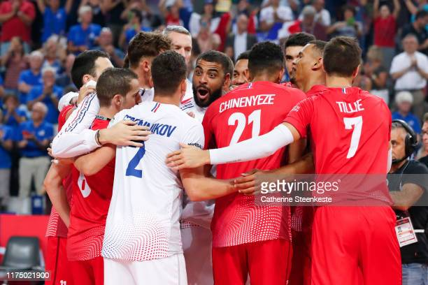 Earvin Ngapeth of France celebrates with his teammates the victory of the Euro Volley 2019 match between Greece and France on September 14 2019 in...