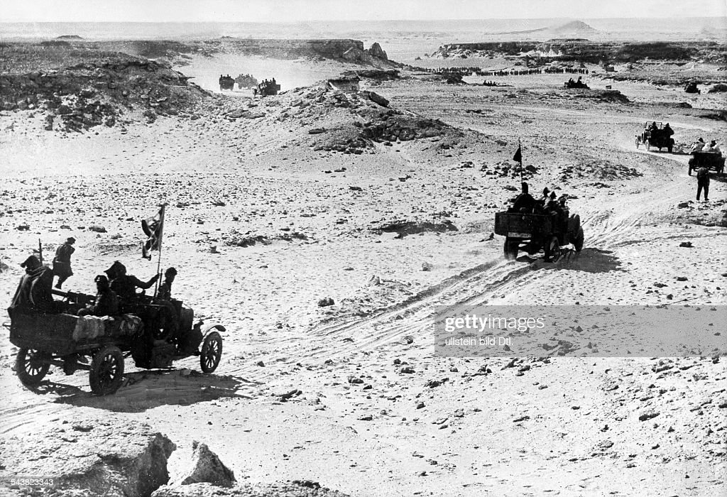 2.WW, East Africa , Theatre of war; Abyssinia, Somaliland (August40-Nov41) : Italian occupation of british-somaliland: Advance to Berberaabout 10.August 1940 : News Photo