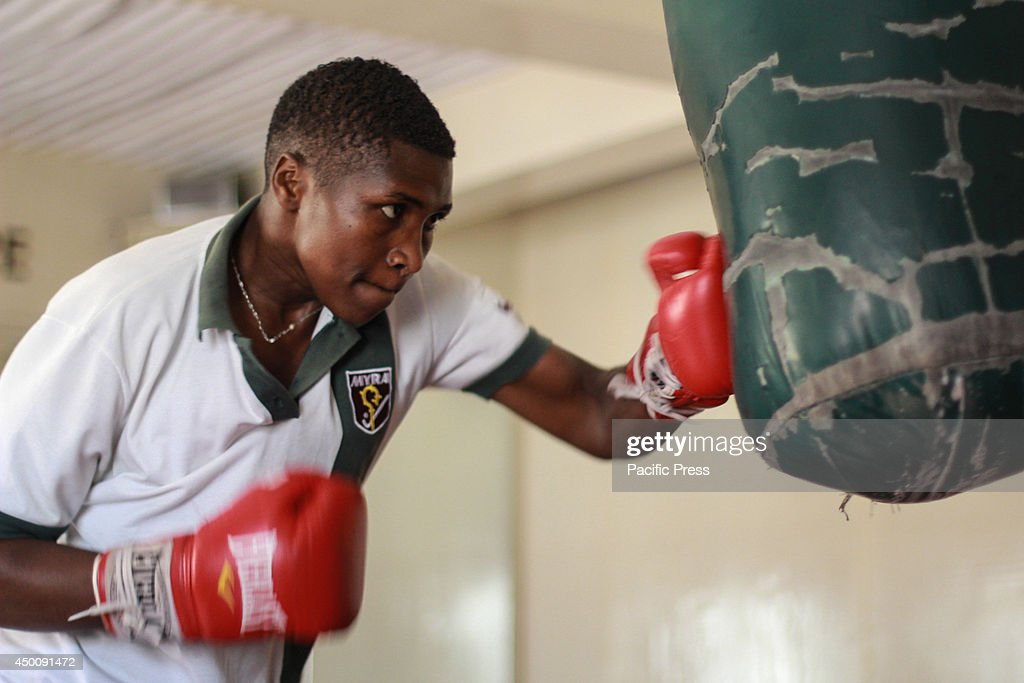 East and Central African female featherweight boxing... : News Photo