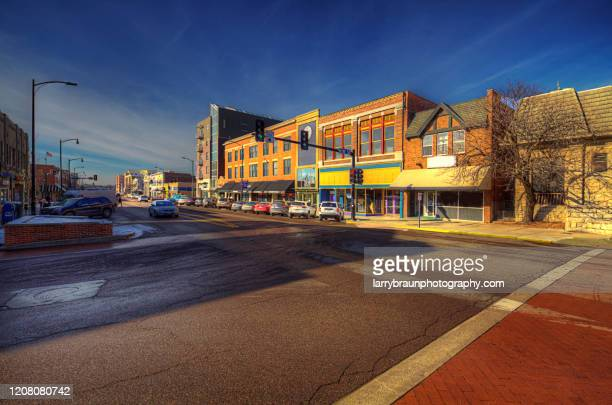 east broadway columbia missouri - missouri stock pictures, royalty-free photos & images