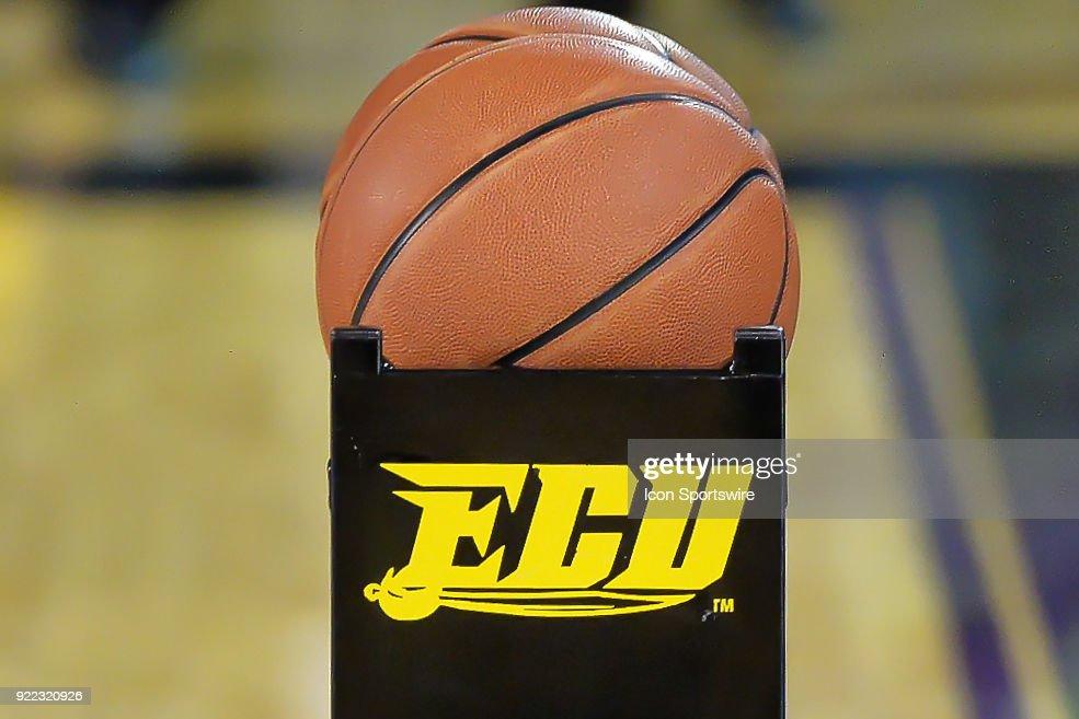 COLLEGE BASKETBALL: FEB 18 UConn at East Carolina : News Photo