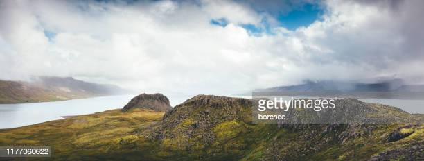 ostfjorde in island - osten stock-fotos und bilder