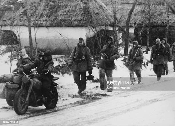 East Front Ussr Berditschew Grenadiers Ss Marching On Their Way To Relief Their Comrades On 1944 January 29Th