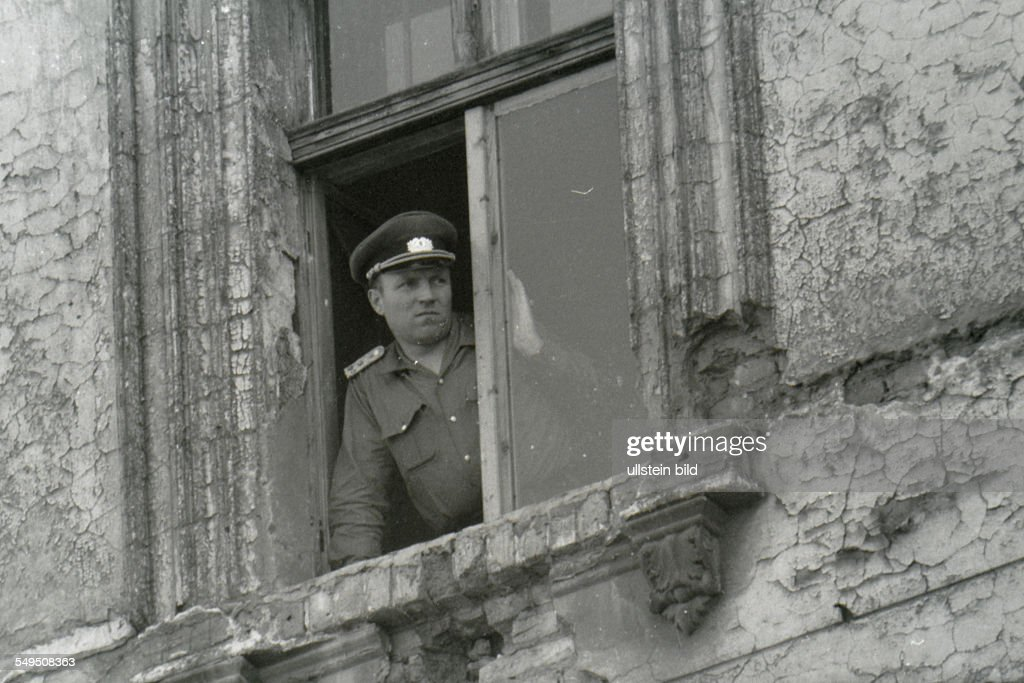 Germany: the division of Berlin : News Photo