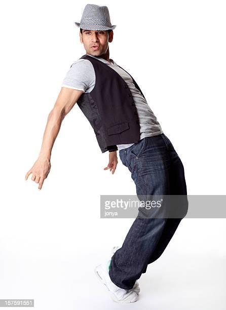 東インド雄ダンサーの上に立つ彼のトウズ