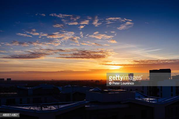 east london sunrise - peter lourenco stock pictures, royalty-free photos & images