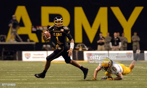 East Quarterback Terrelle Pryor of Jeannette PA scrambles away from pressure in The US Army AllAmerican Bowl at the Alamodome in San Antonio Texas...