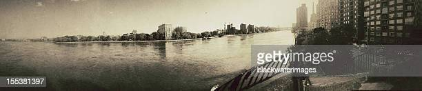 east 川のパノラマ - ニューヨーク郡 ストックフォトと画像