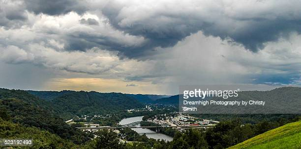 east view of charleston - charleston west virginia stock photos and pictures