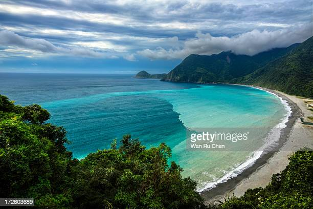 easter coast of taiwan - easter beach stock pictures, royalty-free photos & images