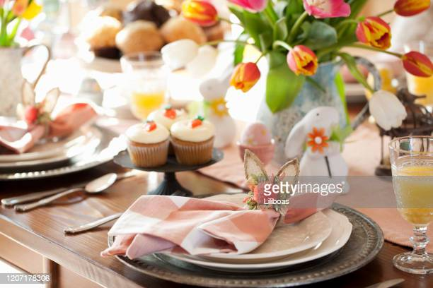 easter dining - easter stock pictures, royalty-free photos & images
