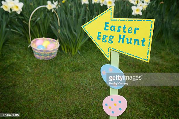 Easter Egg Hunt This Way