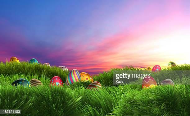 Oeufs de Pâques sur un coucher de soleil de rêve (XXXL
