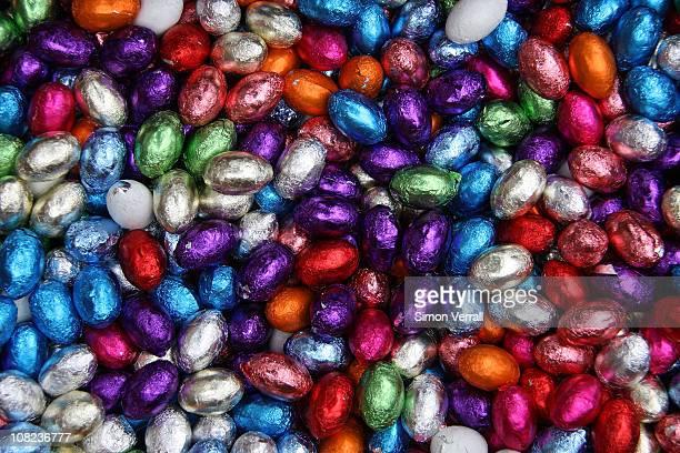 1000 Easter eggs