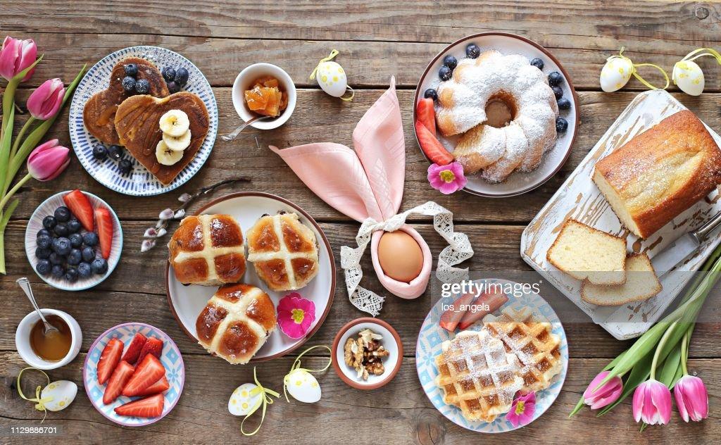 Easter festive dessert table : Stock Photo