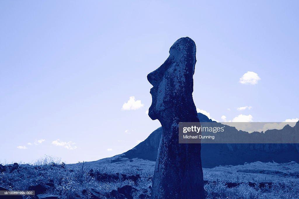 Easter Island, Ahu Tongafiki, ancient Moai statue : Stockfoto