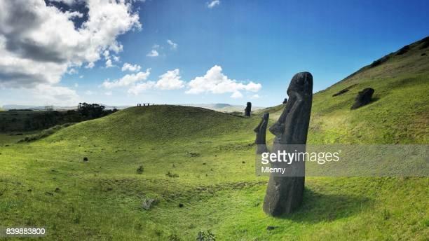easter island rano raraku moai rapa nui - ancient stock pictures, royalty-free photos & images