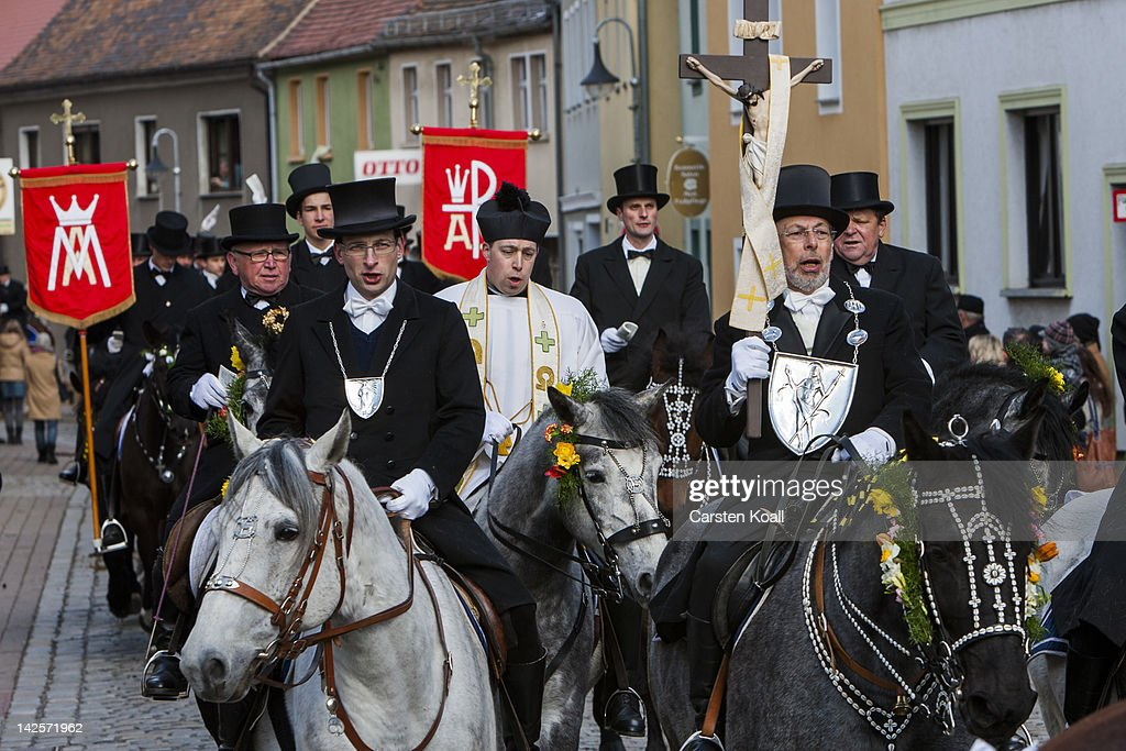 Sorbian Easter Riders Horseback Procession : News Photo