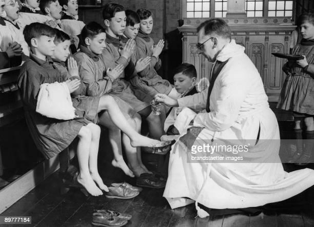 Easter Ritual footwashing on Maundy Thursday England Photograph Around 1930