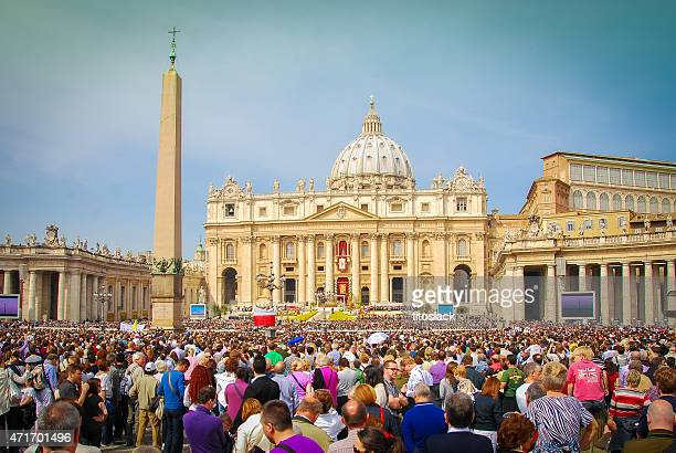 easter sunday - rome, italy - happy easter in italian stock pictures, royalty-free photos & images