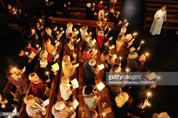 easter vigil. - catholic easter stock pictures, royalty-free photos & images