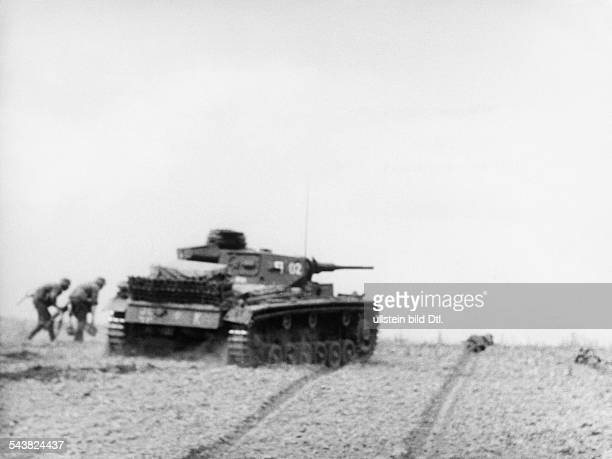 2WW eastern front soviet union war theater AG A / 1 armoured army / 23 armoured div Advance in the southern steppe tank in combatSummer 1942Foto...