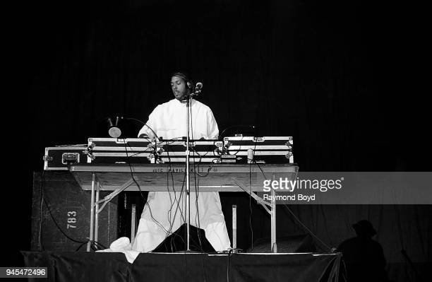 Easy Lee deejay for rapper Kool Moe Dee performs at the UIC Pavilion in Chicago Illinois in November 1989