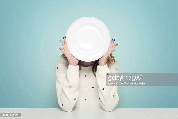 eating issues - hongerig stockfoto's en -beelden