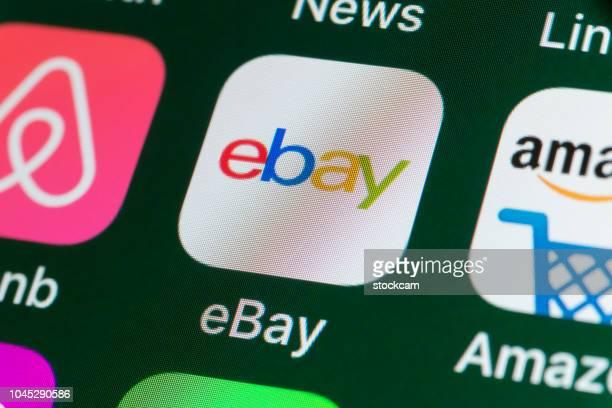 イーベイ、アマゾン、airbnb、ニュース、iphone の画面上の他のアプリ - ebay ストックフォトと画像