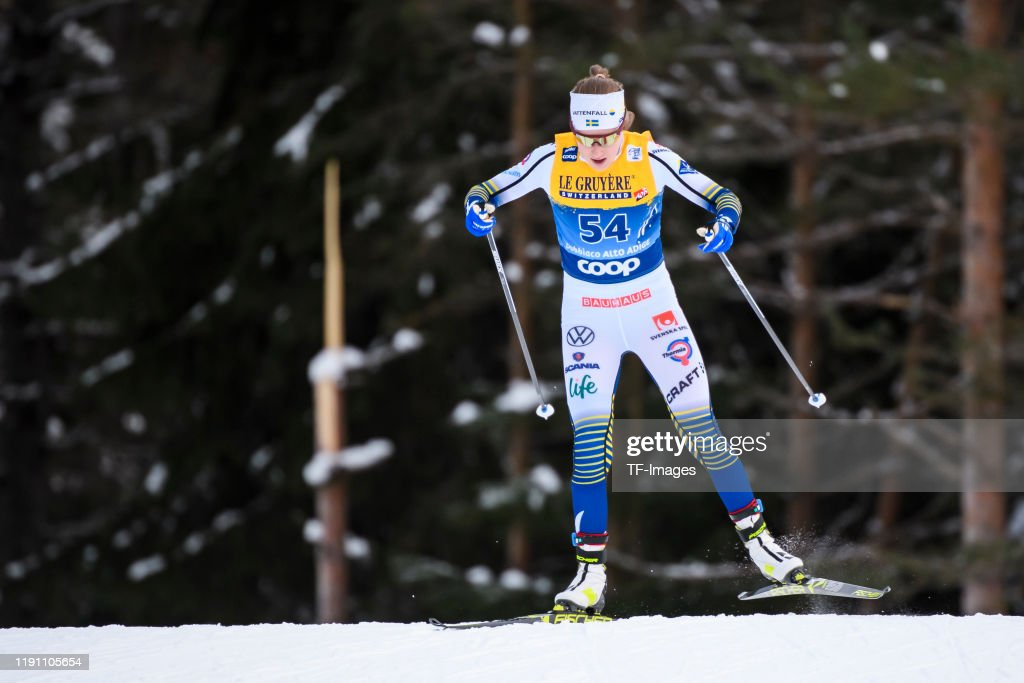 FIS Cross-Country World Cup Toblach - Women's 10 km Final : News Photo