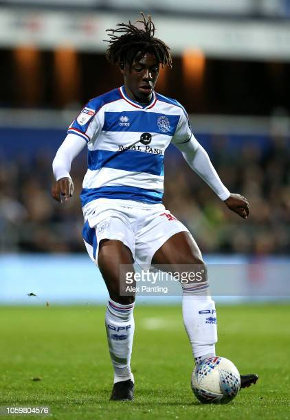 Eberchi Eze of QPR runswith the ball during the Sky Bet Championship match between Queens Park Rangers and Aston Villa at Loftus Road on October 26...