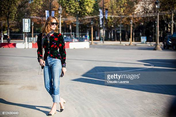 Ece Sukan attends Chanel show on day 8 of Paris Womens Fashion Week Spring/Summer 2017 on October 4 2016 in Paris France